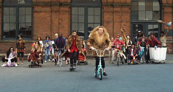 macklemore-ryan-lewis-thrift-shop-1